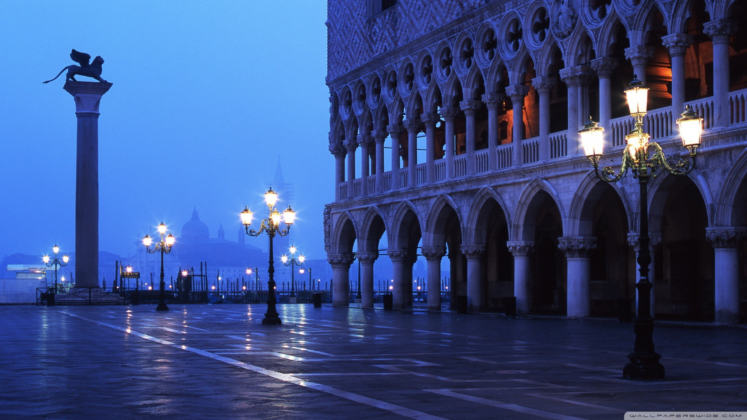 5548136_5834547_3003514_1979754piazza_san_marco-wallpaper-2400x1350